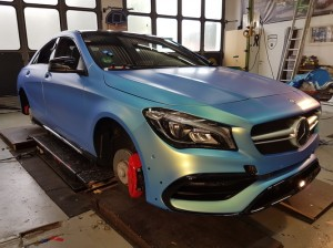 Mercedes CLA 45 AMG in Chrom matt Flip Flop_000006.jpg