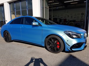 Mercedes CLA 45 AMG in Chrom matt Flip Flop_000027.jpg