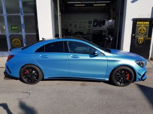 Mercedes CLA 45 AMG in Chrom matt Flip Flop_000028.jpg