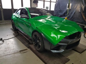 BMW-M2-in-green-gloss-car-wrapping-vollfolierung_004.jpg